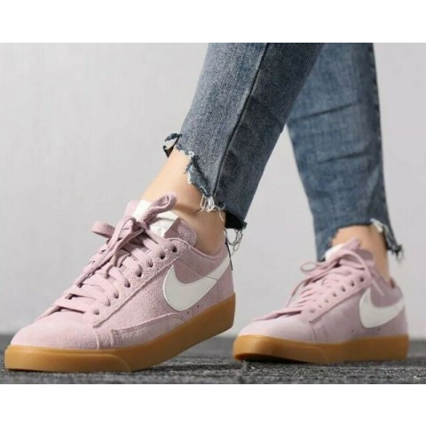 Nike Blazer Low Suede Femme (Diffused Taupe/Sail) AV9373-500